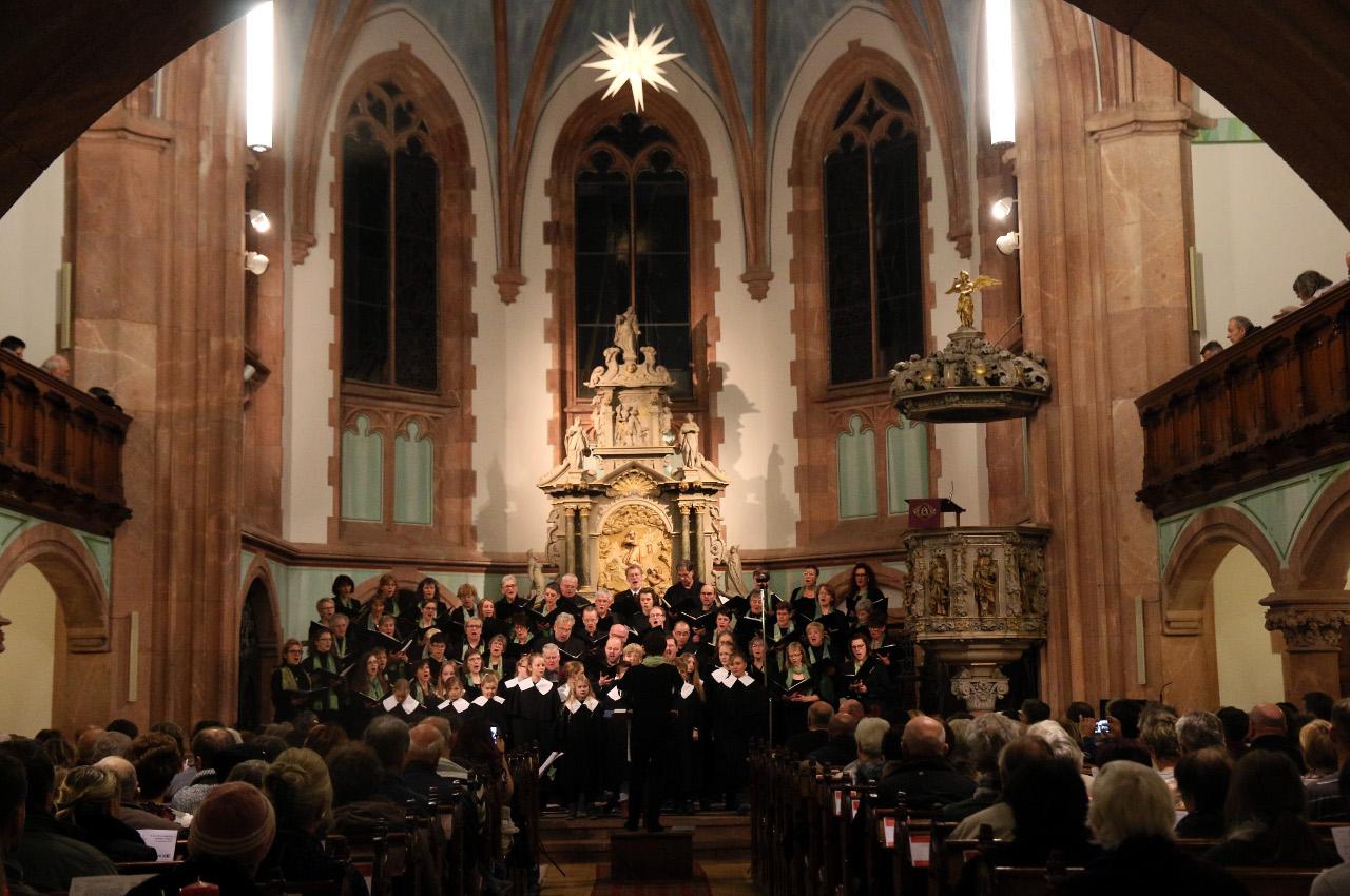 2019-12-01_Chor_Kirche.jpg