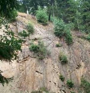 Geologisches-Freilichtmuseum_Faecher.jpg