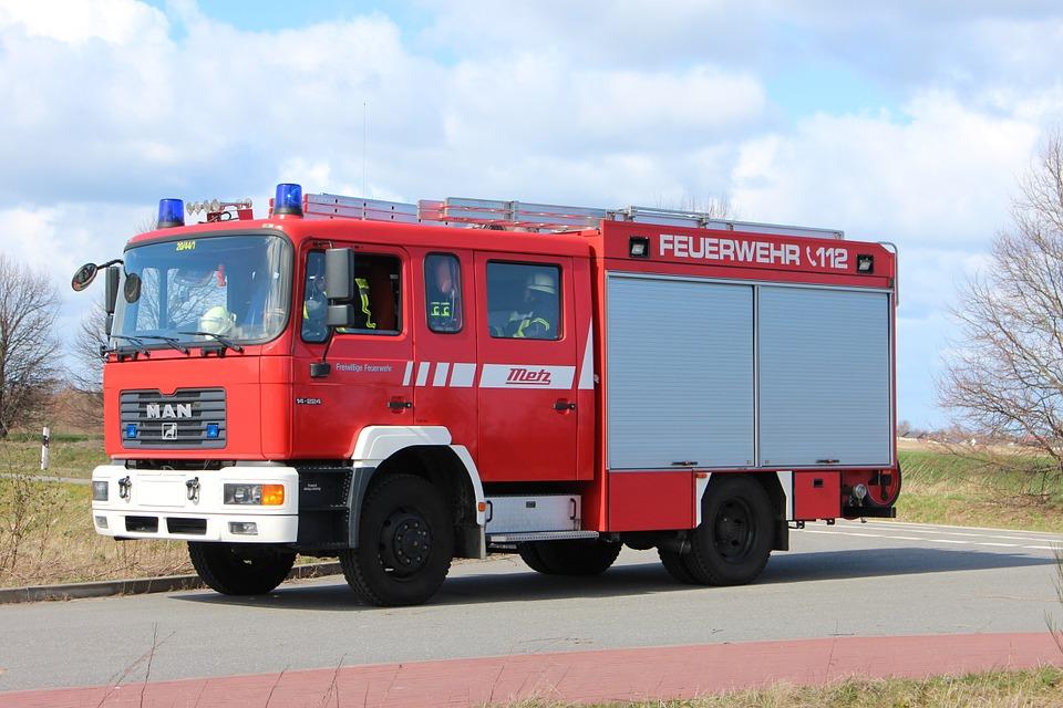 Feuerwehrfahrzeug.jpg